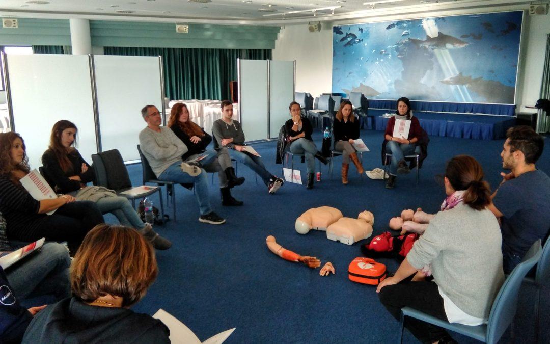 Los voluntarios del Centro de Rescate han recibido formación en protección y primeros auxilios
